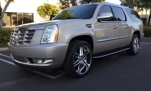 2013-Cadillac-Escalade EXT-1.jpg
