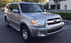 2006-Toyota-Sequoia-1.jpg